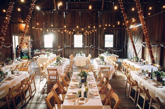 lovely-rustic-wedding-venues-portland-oregon-images-5-or-barn-wedding-venue-barn-at-kestrel-698-x-465